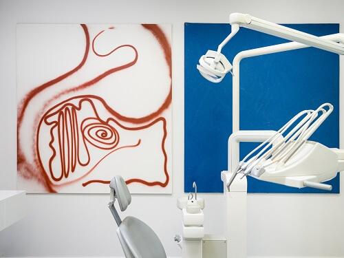 Zahnarzt Behandlungszimmer bei CenDenta in Berlin