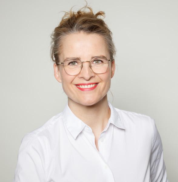 Kieferorthopäde Cindy Spors aus Berlin