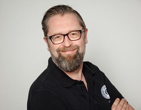 Zahntechnikermeister: J. Kiel