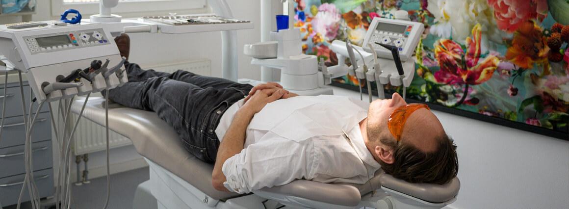 Header Veneers beim Zahnarzt in Berlin